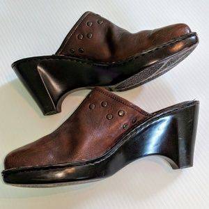 BORN Studded Leather Clogs Size 10